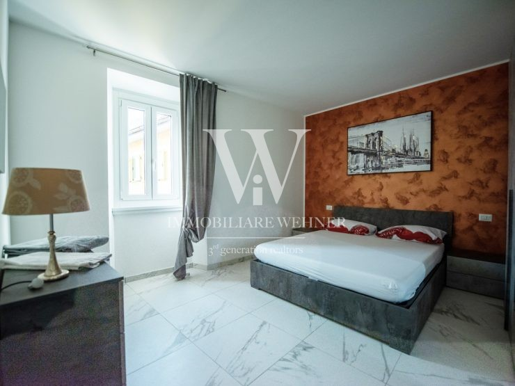 FURNISHED 2 BEDROOMS APARTMENT